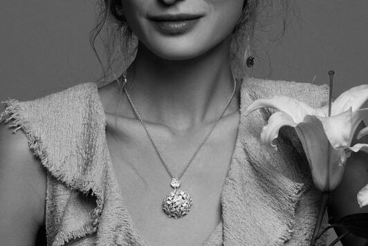 """TOTWOO赴美国CES,全新发布智能珠宝系列""""花丝三叶草""""备受瞩目-视听圈"""